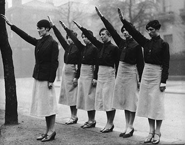 женщины фашистки из англии
