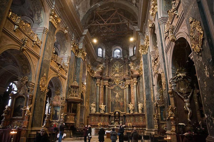 Костел иезуитов изнутри - Львов