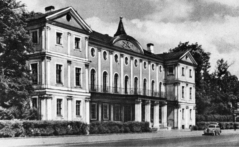 Меншиковский дворец 1714