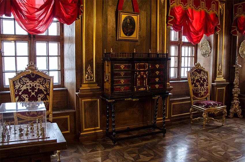 Музей в Меншиковском дворце