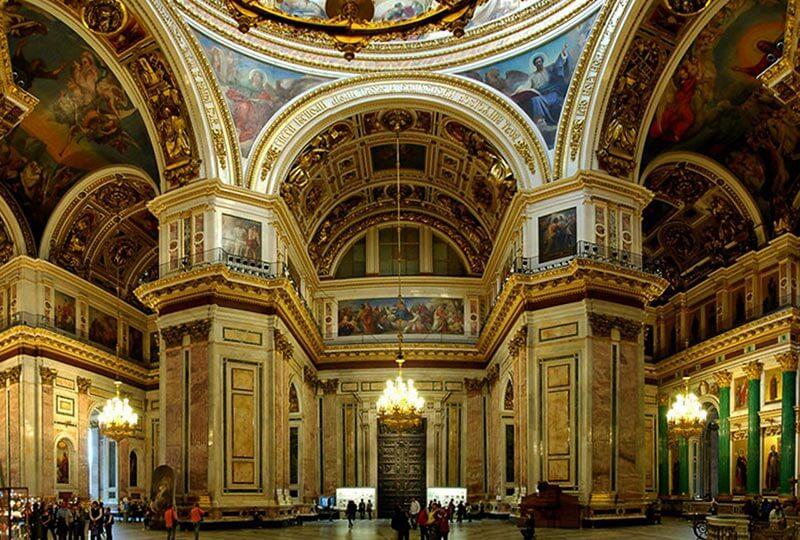 Внутренний интерьер Исаакиевского собора
