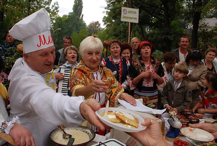 Сентябрьский дерун - фестиваль в Коростене